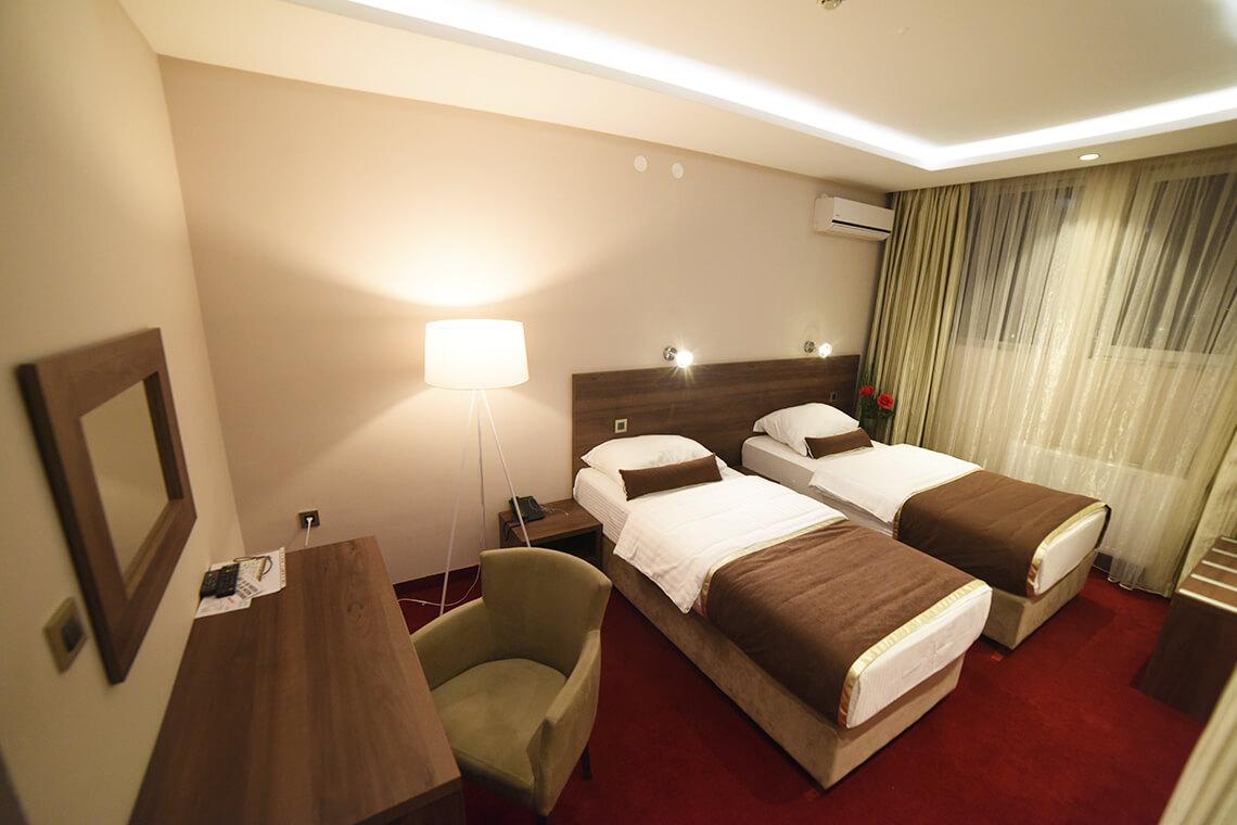 hotel-bavka-dvokrevetna-signl-soba-4